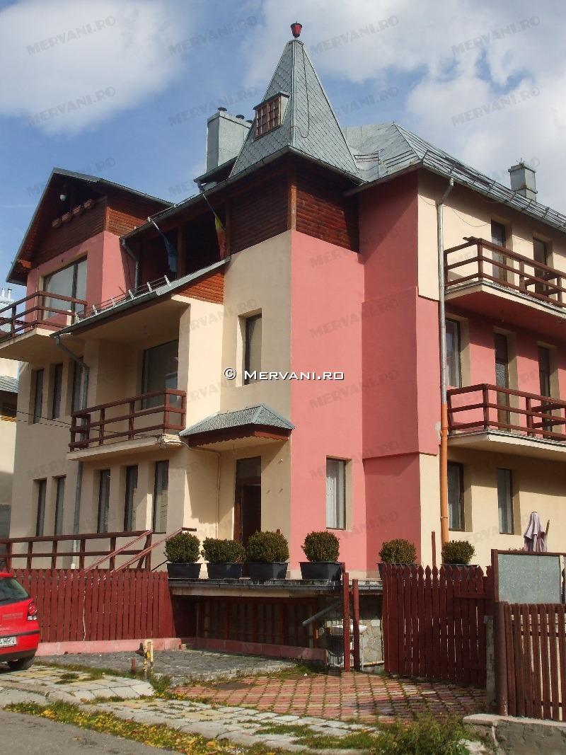 Spatiu Turistic de Vanzare in Busteni, 400.000 €