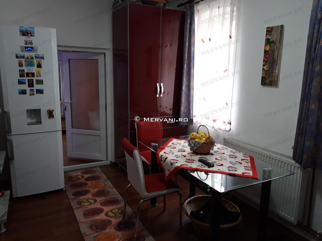 Apartament de Vanzare in Busteni, 60.000 €