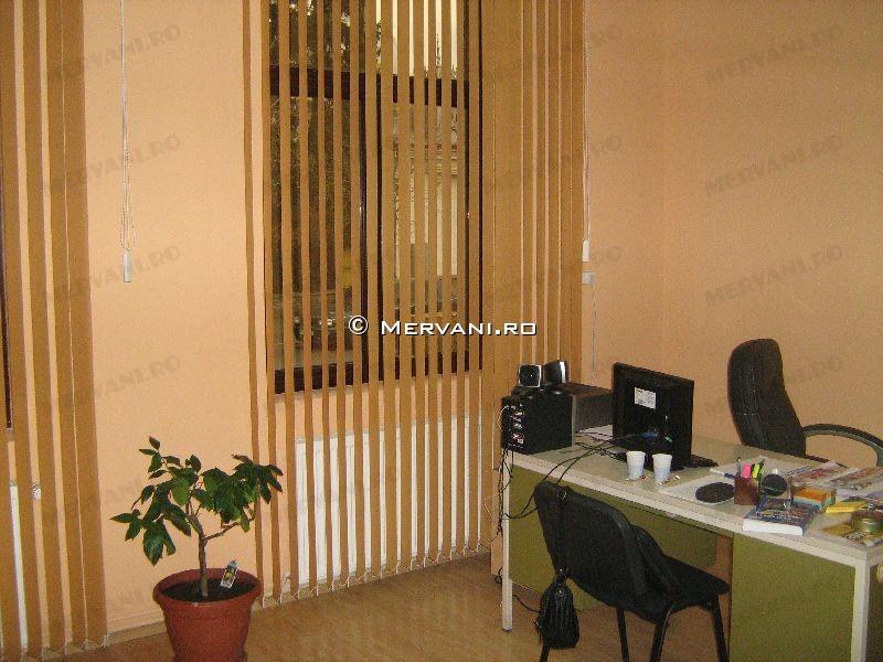 Spatiu Comercial de Inchiriat in Campina, 2.074 €