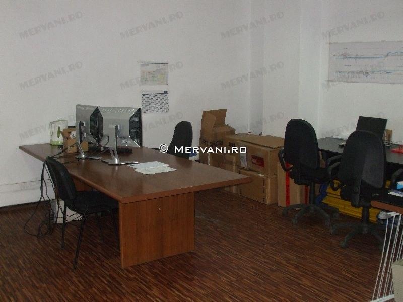 Spatiu Comercial de Inchiriat in Busteni, 6.558 €